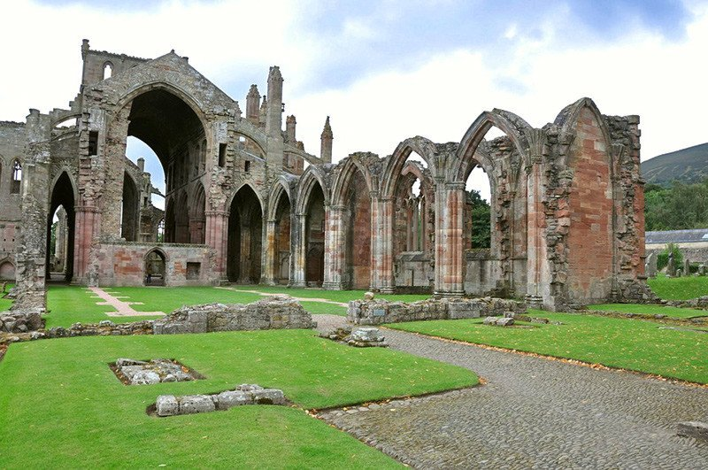 Uncharted 4 Locations in Real Life: Melrose Abbey