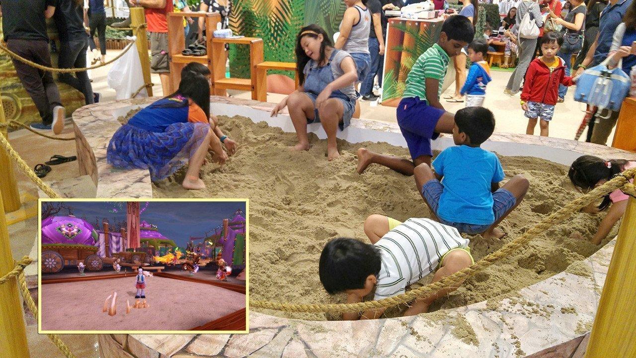 Rawr! Dinosaurs Unearthed Sandpit.