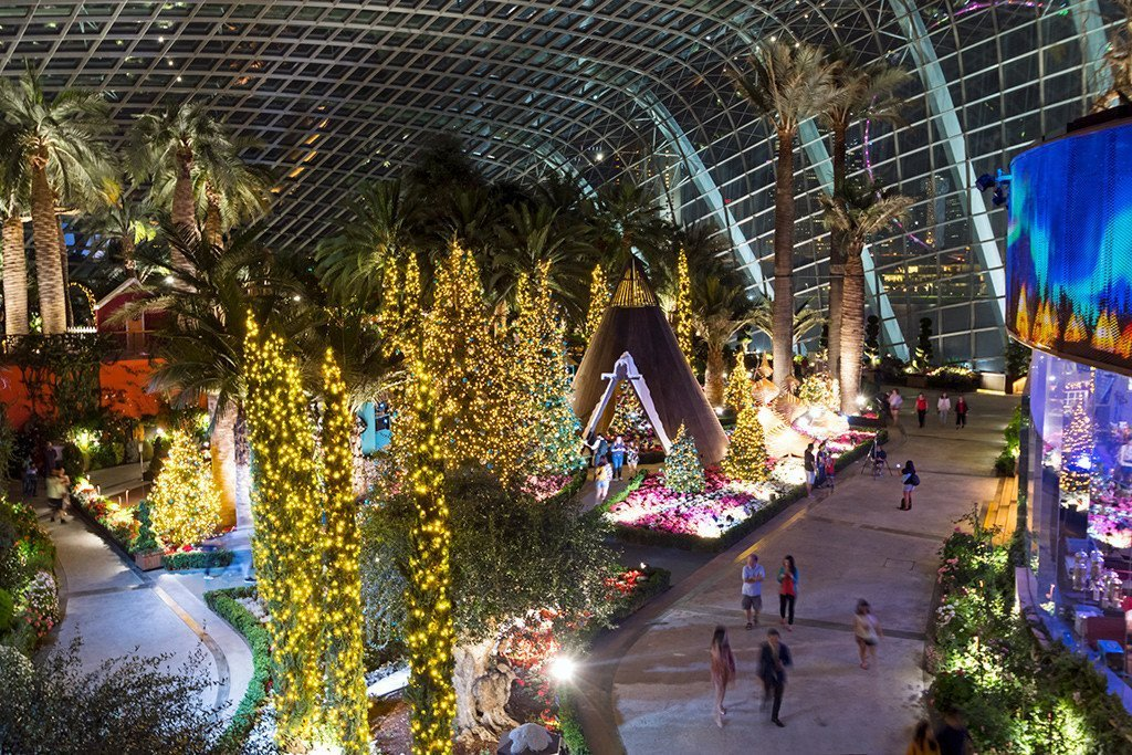 Gardens by the Bay Poinsettia Wishes 2017.