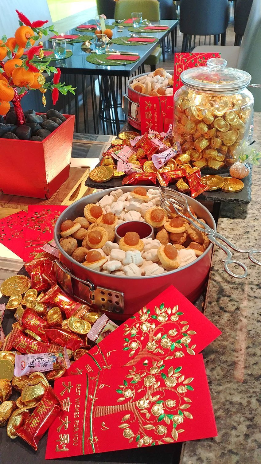 Chinese New Year's Eve Buffet at Makan@Jen