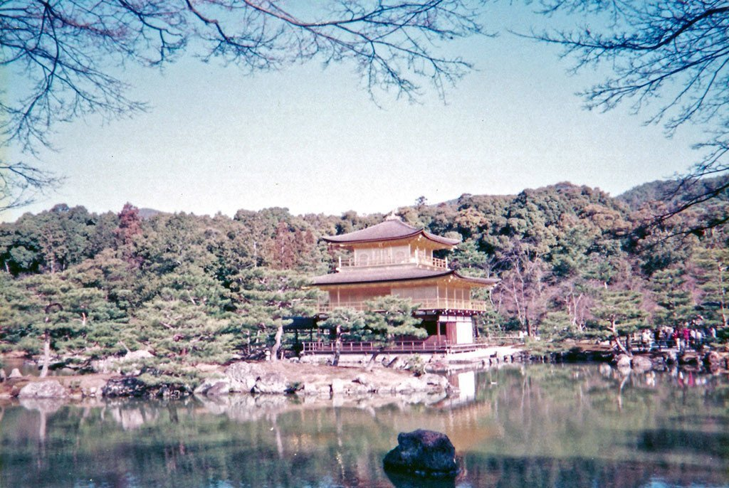 Kinkakuji in 1998.