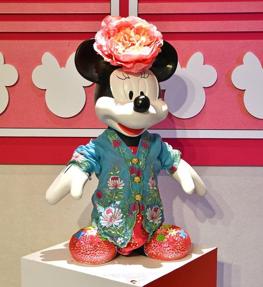 Minnie Mouse Oriental Design