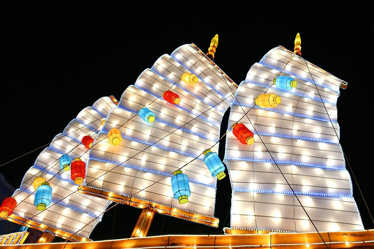 Illuminated Chinese Junk Lantern in Chinatown, Singapore