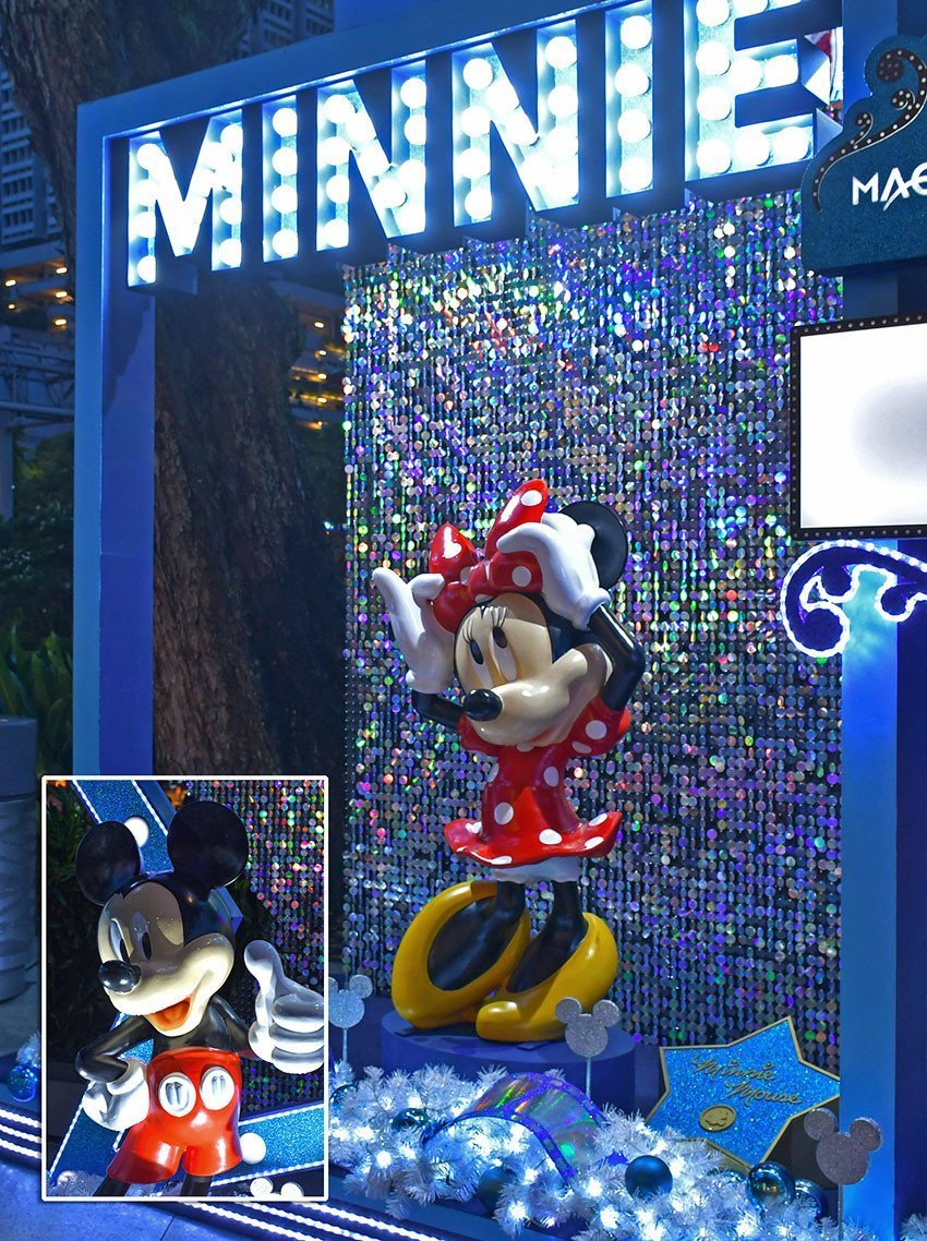 Disney Magical Moments | Mickey Mouse & Friends Photo Booths.