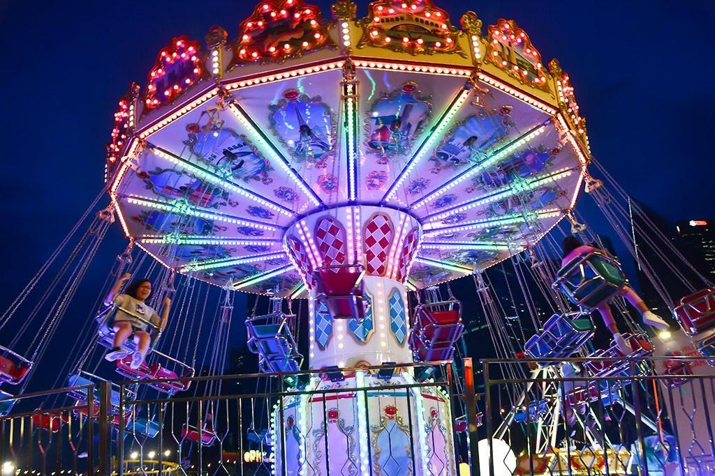 Prudential Marina Bay Carnival 2018 | Wave Swinger