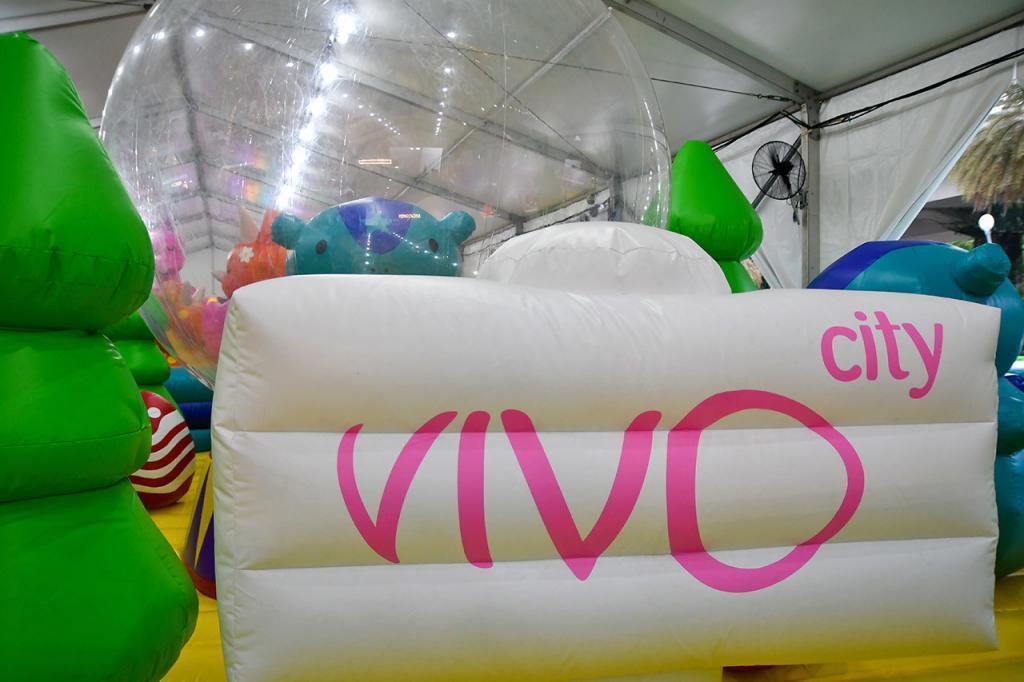 VivoCity Bounce-a-Saurus Fiesta Stanley's Forest