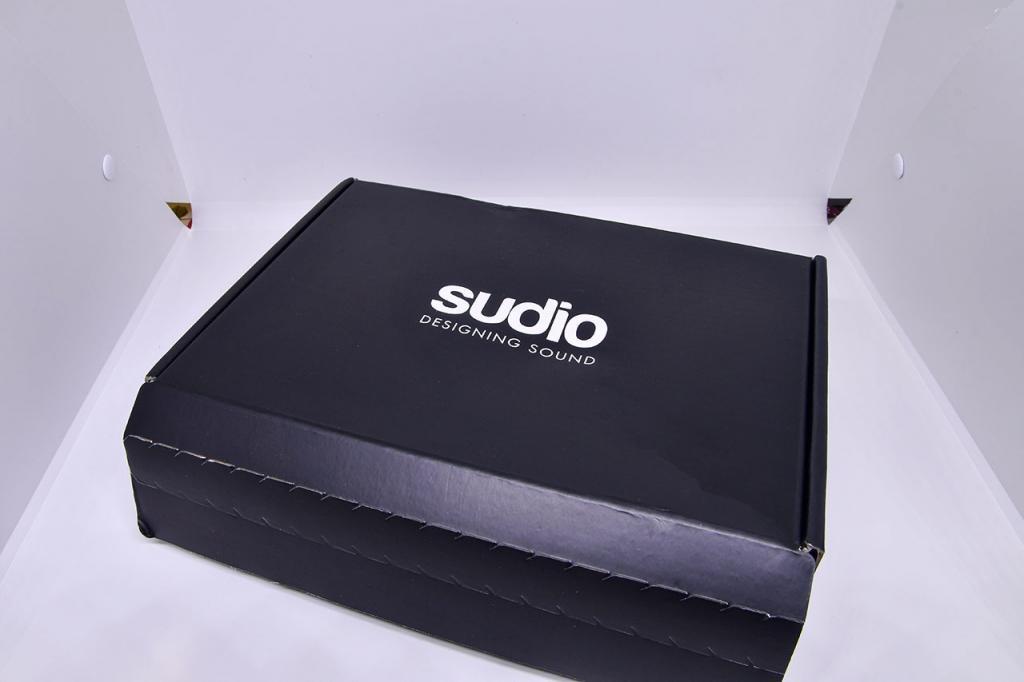 Sudio Delivery Box.
