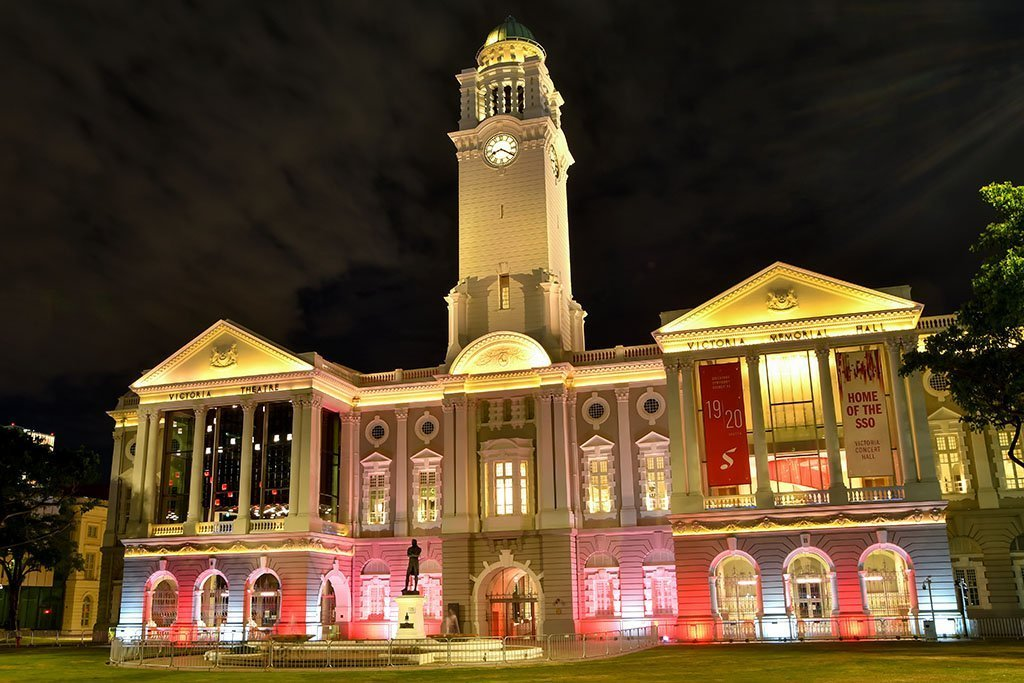 Victoria Theatre and Concert Hall Light-Up.