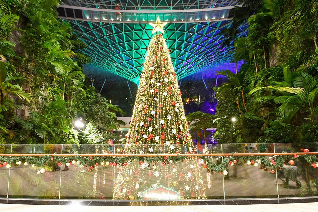 Sparkling Christmas At Jewel Changi Airport