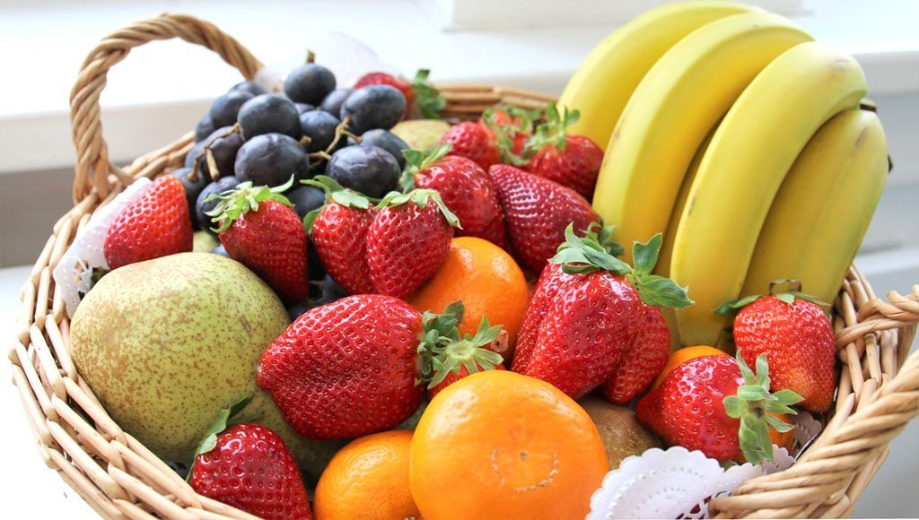Christmas Gift Ideas: Fruit Baskets
