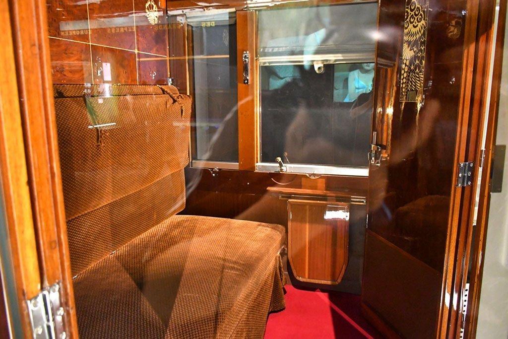 Rene Prou sleeping carriage.