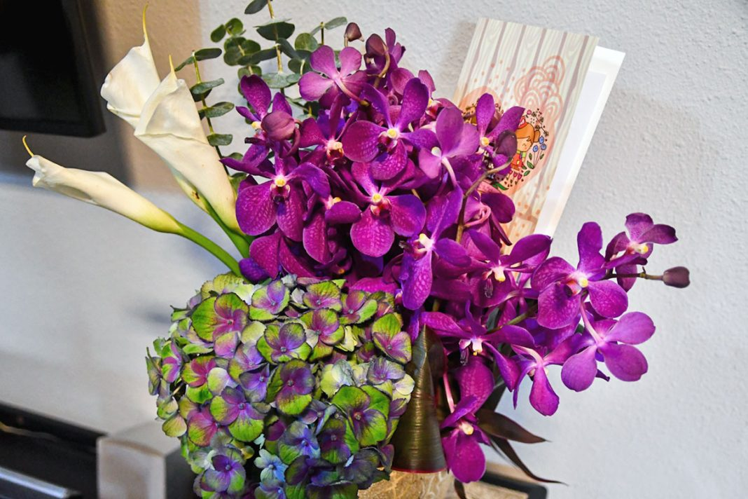Little Flower Hut Review
