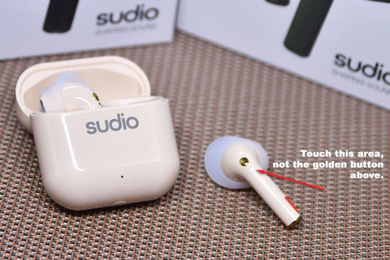 Sudio Nio Touch Controls
