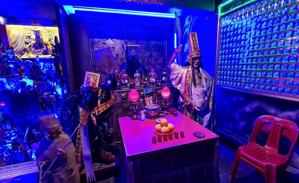 Yanluo Wang Altar in Singapore