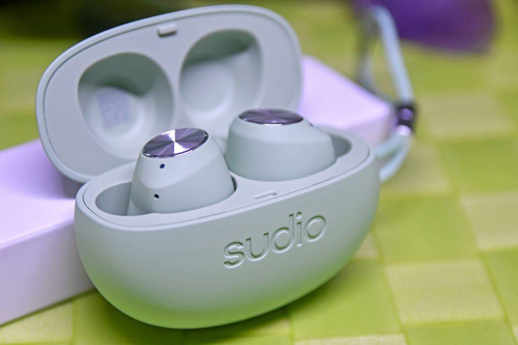 Sudio T2 Charging Case